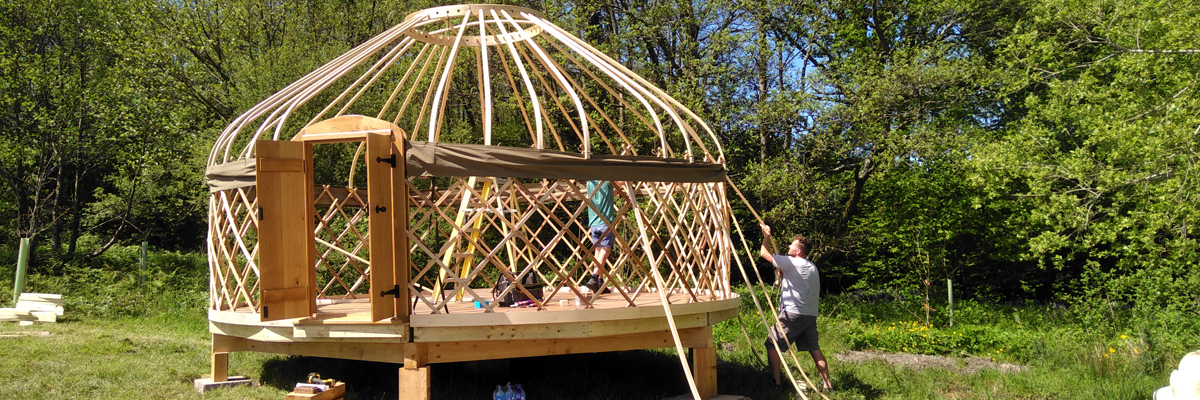 Installation of a yurt